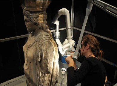 cleaning of Caryatids